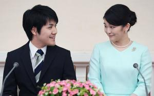 文春オンラインのアンケート「眞子さまと小室圭さんの結婚をどう考える?」