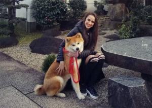 ザギトワ、愛犬マサルの妹と対面