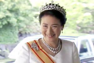 雅子さま皇后第1ティアラ、紀子さま行方不明説の皇太子妃第1ティアラ